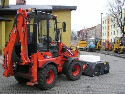 Mini buldoexcavator Eurocomach E 245 k mini buldoexcavator