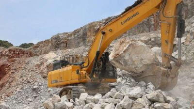 Excavator pe senile LiuGong Dressta 950E Stage V Excavator pe senile