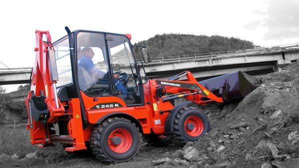 mini buldoexcavator