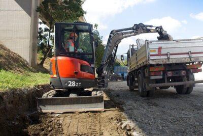 mini excavator 28 zt